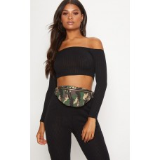 PrettyLittleThing Green Camo Zip Bum Bag | Accessories - Green - Womens Jeans CLX6541